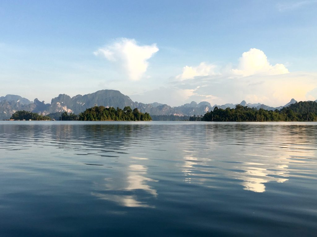 Rachaprabha Lake, Khao Sok National Park, Thailand (Photo: Alan Seale)