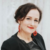 Elina Akola
